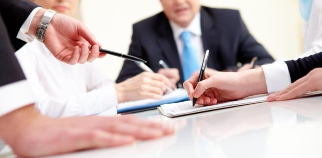 Zgodnie z obecnym prawem członkowie spółdzielni mają tylko wgląd do jej dokumentów, z wyjątkiem statutów i regulaminów. Dzięki zmianom będą mogli również otrzymać odpisy i kopie.