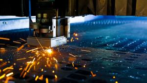 Państwo powinno silniej promować i wdrażać priorytetowe strategie gospodarcze, zwłaszcza w przemyśle