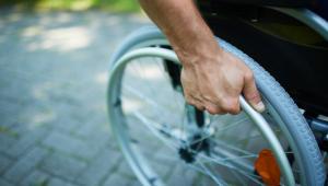 W tym roku niepełnosprawnych oraz ich opiekunów czeka szereg zmian, jeżeli chodzi o rozliczenie z fiskusem za ubiegły rok. Pierwsza dobra wiadomość to wyższy limit dochodów. W rozliczeniu za 2017 r. wynosi on 10 080 zł, a nie jak było wcześniej, 9120 zł.