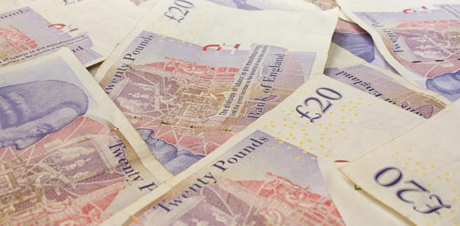 Funty, Wielka Brytania, pieniądze