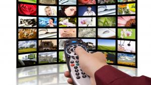 Ponad połowa badanych uważa, że media publiczne powinny być w całości finansowane z reklam – wynika z najnowszego badania domu mediowego MEC, przeprowadzonego wśród tysiąca widzów mających dostęp do internetu.