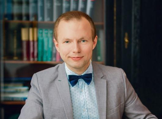 Adrian Zwoliński, aplikant adwokacki