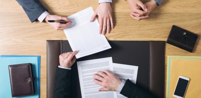 Najważniejsze zasady sporządzania i zawierania umów