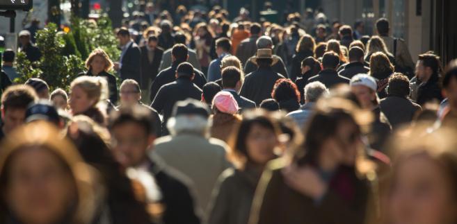 Według GUS liczba ludzi po sześćdziesiątce w najbliższej dekadzie będzie b. dynamicznie rosnąć