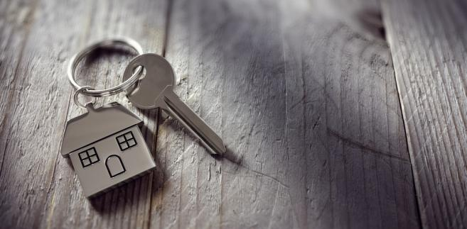 Lokalne władze na dobre zaczynają przygotowania do sporządzenia spisów nieruchomości Skarbu Państwa, którymi gospodarują na swoim terenie.