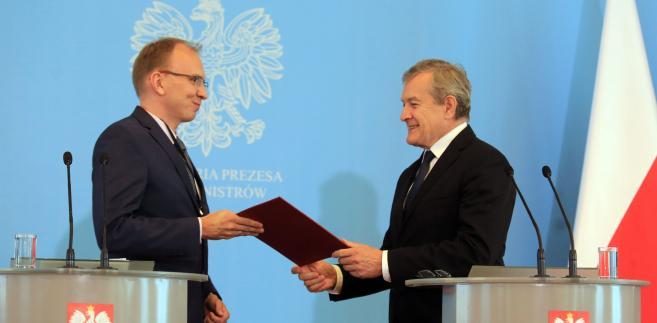 Politycy Razem podkreślają, że współodpowiedzialność za aferę Czartoryskich ponosi Piotr Gliński.