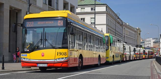 Założyciele firmy Solange i Krzysztof Olszewscy badają właśnie opcję sprzedaży pakietu 100 proc. udziałów w Solarisie.