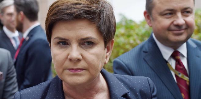 Premier zaznaczyła, że kontynuacja tej inwestycji zagraża niezależności energetycznej całej Europy Środkowo-Wschodniej i podważa bezpieczeństwo energetyczne regionu