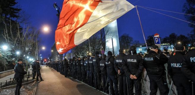 """""""To, co robi Polska, te mechanizmy, które wprowadza, w innych państwach, które są członkami UE, funkcjonują."""""""