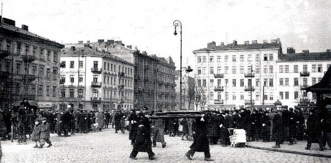 Plac Muranowski w Warszawie