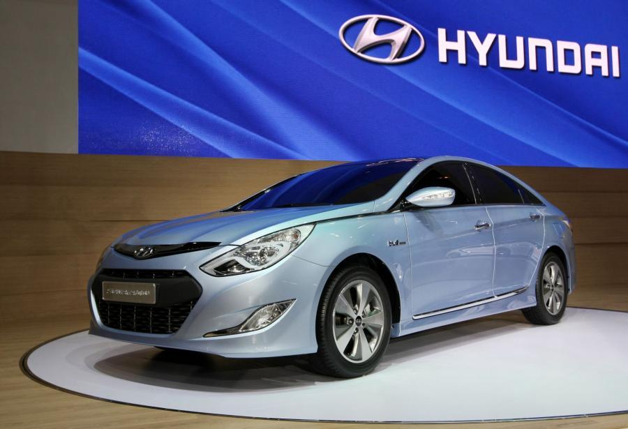 10. Hyundai Sonata Hybrid. Oszczędności wyniosły w ciagu 5 lat 319 dol.