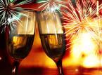 Z szampanem na balu, w Berlinie czy na nartach? Sylwester first minute