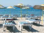 7. miejsce - Plaża Bitez położona jest w kurorcie Bodrum. Turyści przede wszystkim cenią niezwykle czystą wodę, która obmywa plaże. Nie bez znaczenia jest także piasek, oraz bogate zaplecze barów i restauracji, w których można odpocząć od palącego tureckiego słońca.