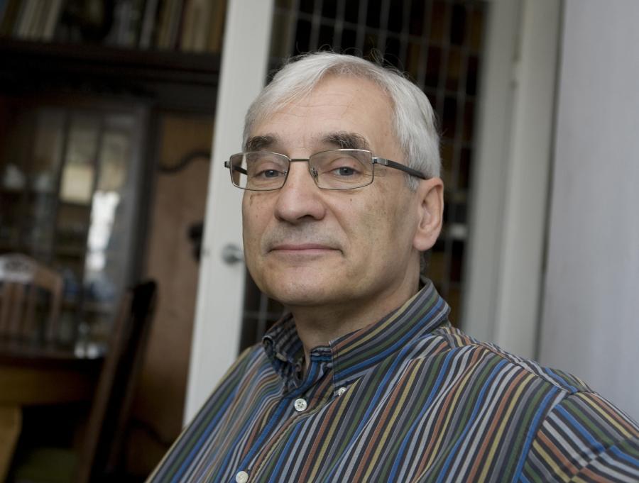 Prof. Tim Clapham, psycholog ekonomii na Uniwersytecie Warszawskim. Fot. Wojciech Górski