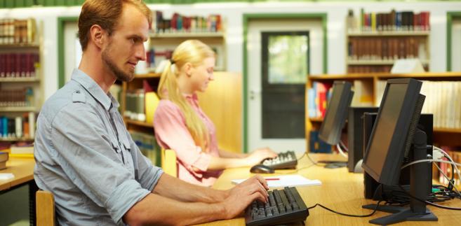 nauka, edukacja, e-learning, biblioteka