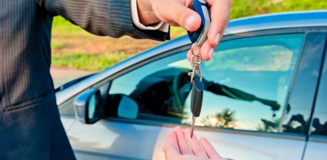 sprzedaż auta-kluczyki