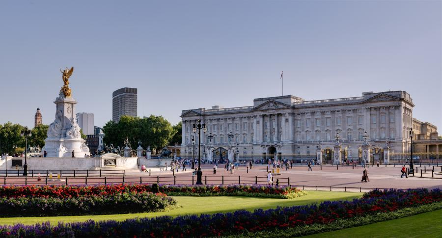 1.Buckingham Palace, wart. 1,55 mld dol.