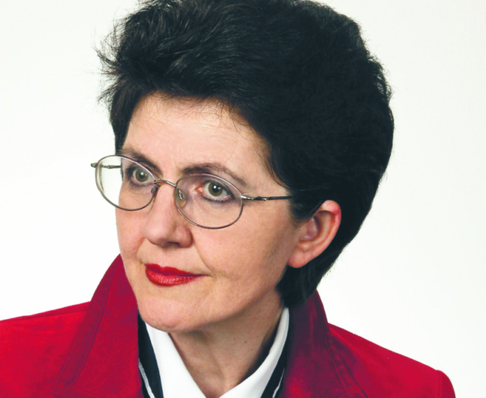 Leokadia Oręziak profesor zwyczajny w Szkole Głównej Handlowej, kierownik Katedry Finansów Międzynarodowych SGH