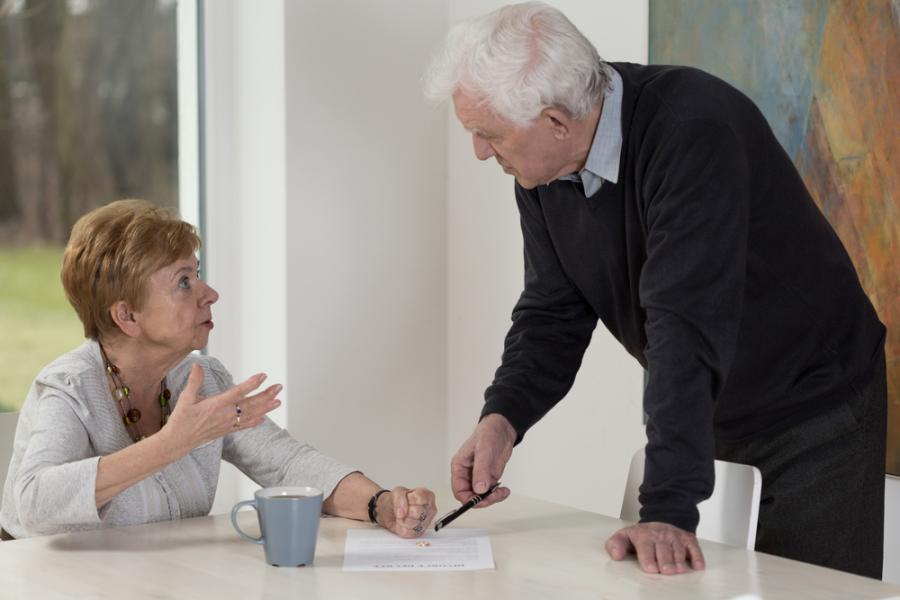 senior, rodzina, seniorzy, emerytura, emeryci, rozmowa