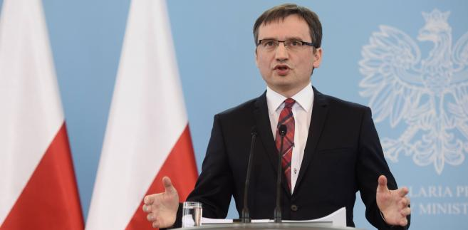 Minister Sprawiedliwości zapowiada surowsze kary za korupcję
