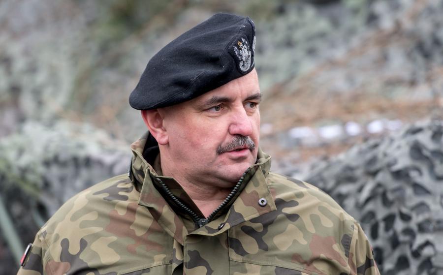 Na zdjęciu archiwalnym z 05.02.2017. dowódca 11. Lubuskiej Dywizji Kawalerii Pancernej generał dyw. Jarosław Mika,  PAP/Maciej Kulczyński