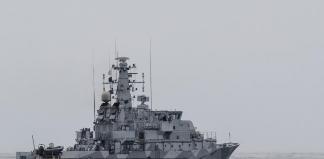 W polskich stoczniach na zamówienie Marynarki Wojennej budowanych jest sześć holowników, okręt Ratownik przeznaczony do wspomagania okrętów podwodnych oraz dwa niszczyciele min Kormoran. To jednak głównie jednostki pomocnicze, które nie podnoszą w znaczący sposób naszej zdolności bojowej.