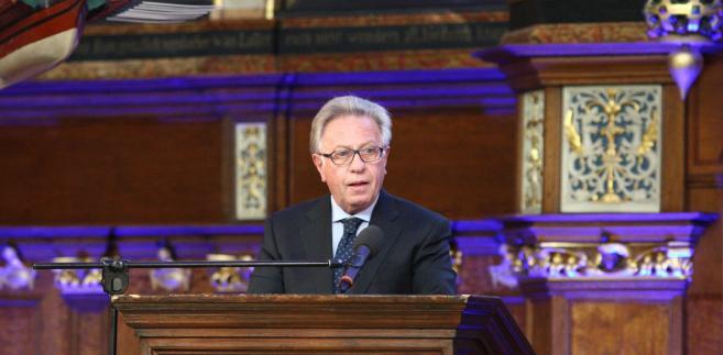 Przewodniczący Komisji Weneckiej dodał, że nie otrzymała ona również jeszcze memorandum polskich władz w odpowiedzi na wysłane im projekty opinii