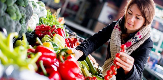 Ponadto żywność drożeje. W ubiegłym roku jej ceny wzrosły średnio o 4,6 proc.
