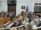 W nocnym głosowaniu Senat przyjął bez poprawek nowelizację ustaw m.in. o SN, ustroju sądów, KRS i o prokuraturze