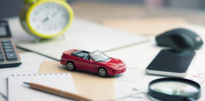 Prowadzący firmę zaliczy do kosztów podatkowych maksymalnie 150 tys. zł wydatków związanych z zakupem auta osobowego. Nie będzie mógł odliczyć przy jego sprzedaży więcej niż ten limit.