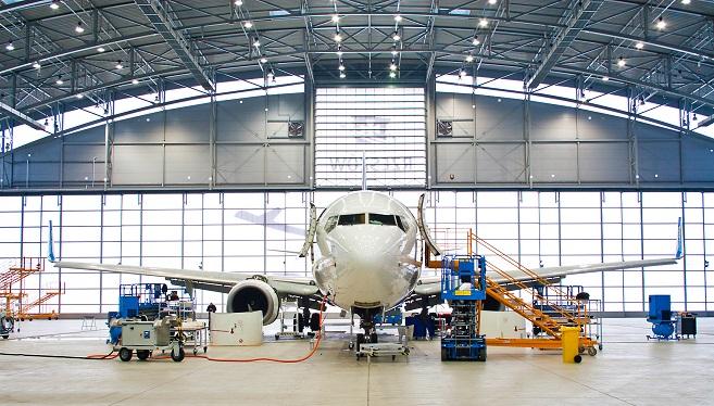 Na terenie Portu Lotniczego Rzeszów-Jasionka znajdują się jedne z największych w Europie Środkowej hangary do obsługi serwisowej samolotów (fot. P. Kasprowicz)