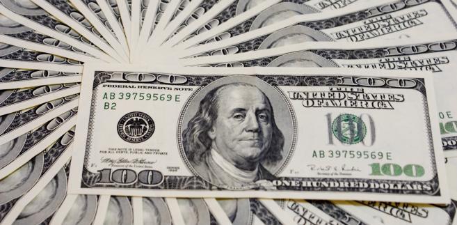 Lepsze dane z USA wsparły dzisiaj dolara.
