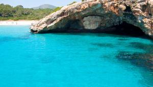 Morze Śródziemne - idealne miejsce na wakacje