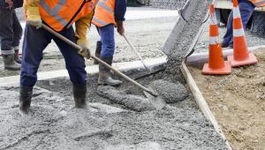 Przedstawiciele branży budowlanej podkreślają, że firmy nie rezygnowałyby z kontraktów drogowych, gdyby rząd wprowadził mechanizmy waloryzujące.
