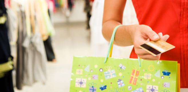 Jeżeli wada fizyczna została stwierdzona przed upływem roku od dnia wydania rzeczy sprzedanej, domniemywa się, że wada lub jej przyczyna istniały w chwili przejścia niebezpieczeństwa na kupującego.